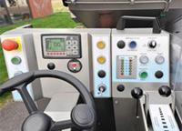 Eisbearbeitungsmaschine Cockpit